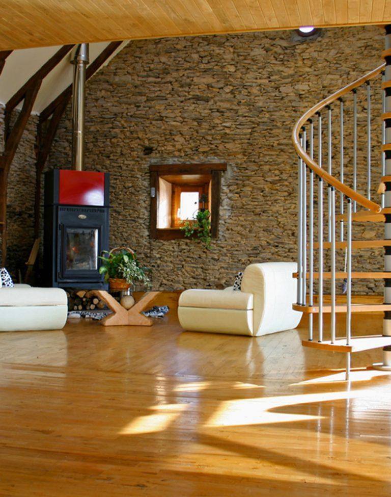Huile pour meubles et parquet